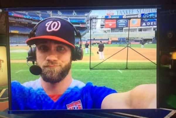 bryce-harper-selfie