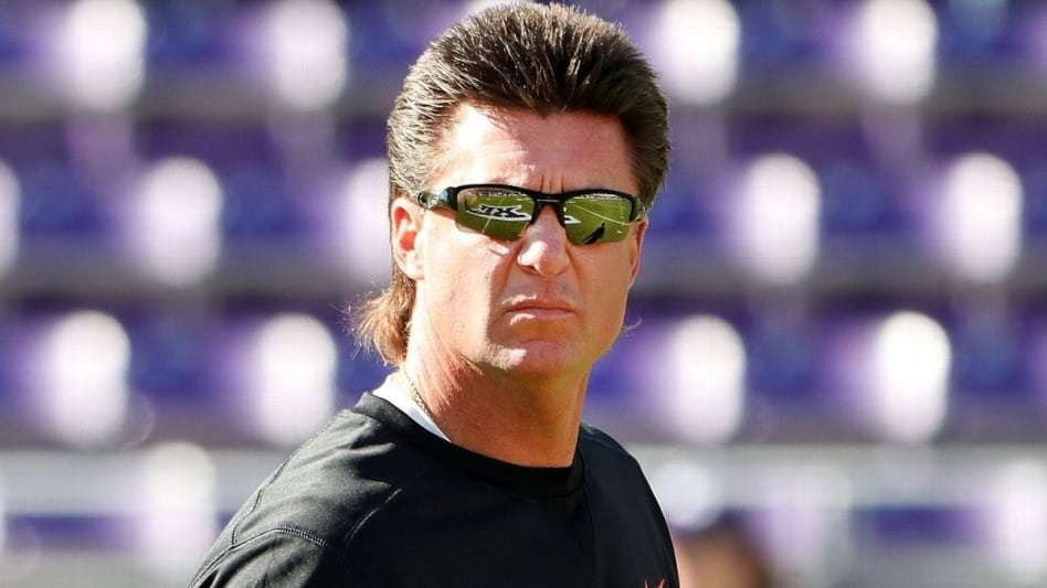 Even Billy Ray Cyrus loves Mike Gundy's magnificent mullet ...
