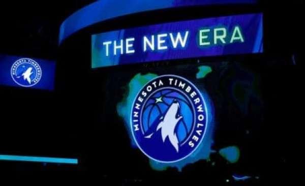 buy popular 6be3b b9a8d Steve Kerr mocks Timberwolves' Aurora Green jerseys: 'Ugly ...