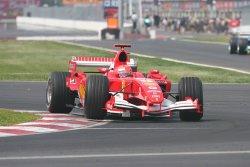 800px-michael_schumacher_2005_canadaMichael Schumacher driving for Scuderia Ferrari at the 2005 Canadian Grand Prix. by Marc McArdle