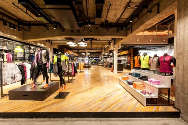 Nike_Retail (1)