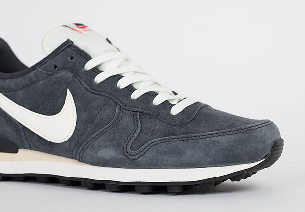 nike-internationalist-pgs-ltr-anthracite-5