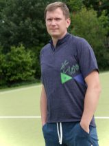 oekologisches-sport_outfit_fitness_men_running