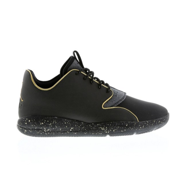 RS101500_Foot Locker_Jordan Eclipse Holiday Men 314102937704_01-scr