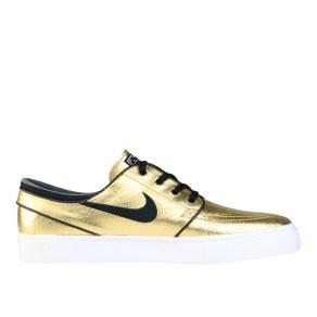 RS101520_Foot Locker_Nike Janoski Max Men 314521353004_01-scr