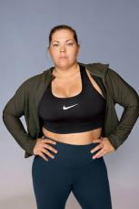 Nike-Plus-Size-Collection-Sportbekleidung-Amanda-Bingson-2-3_67022