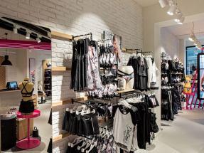 Hunkemoeller-Sport-HKMX-Store-Berlin-Mitte-Shop-28