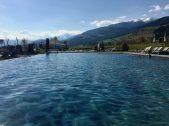 Sonnenhof_winkler_hotel_pustertal_Suedtirol_wellness_urlaub_familienhotel_test_kronplatz_outdoor_berge_012_pool_9755