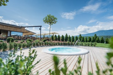 Wellness-Winklerhotels-sonnenhof-pool