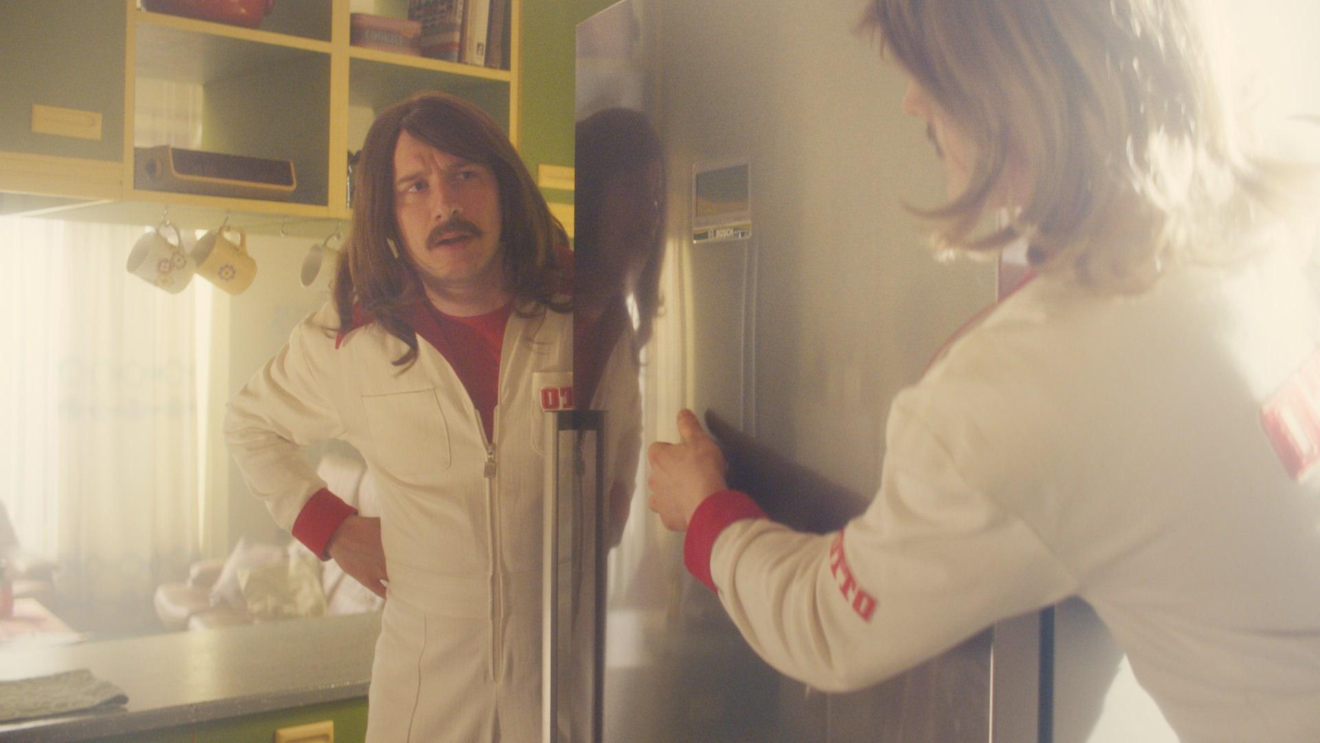 Bosch Kühlschrank Otto : Wm zeitreise mit otto werbung übers laufen in berlin vom