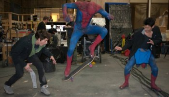 Top Reasons SpiderMan Is Better Than The Amazing SpiderMan - Awesome video baby spiderman dancing