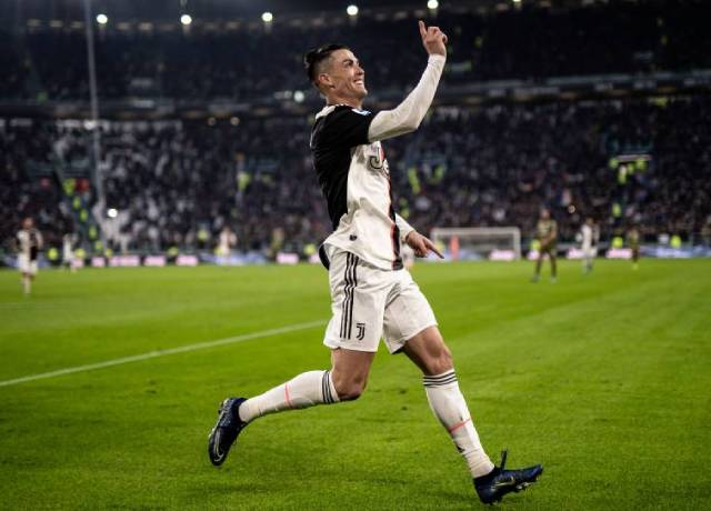 Cristiano Ronaldo's 36th hat trick puts him two ahead of Messi