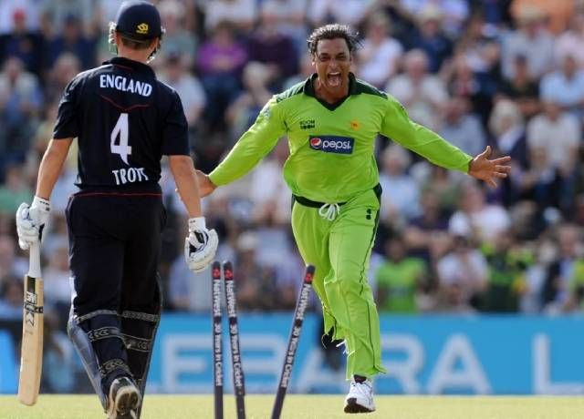 1994 to 2007 everyday blood and water was extracted out from my knees: Shoaib Akhtar