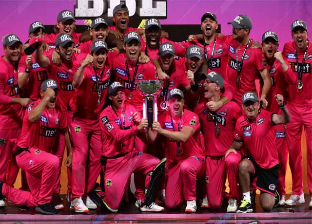 Sydney Sixers beat Perth Scorchers by 27 runs to lift third BBL trophy