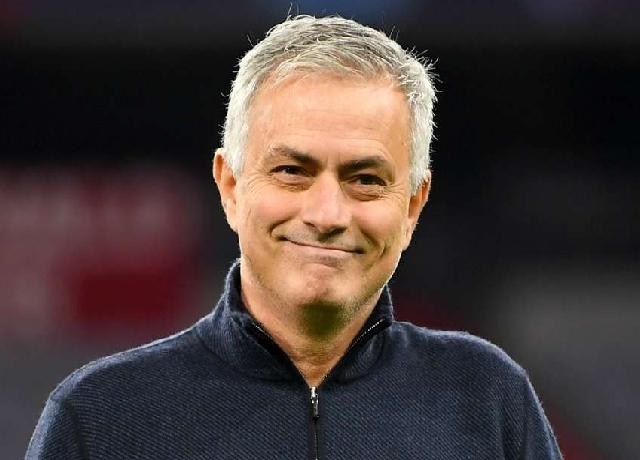 Jose Mourinho confirmed as Roma's new head coach