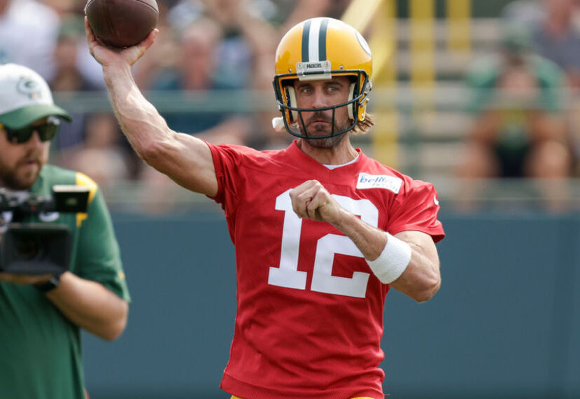 Rodgers in camp changes the point spread