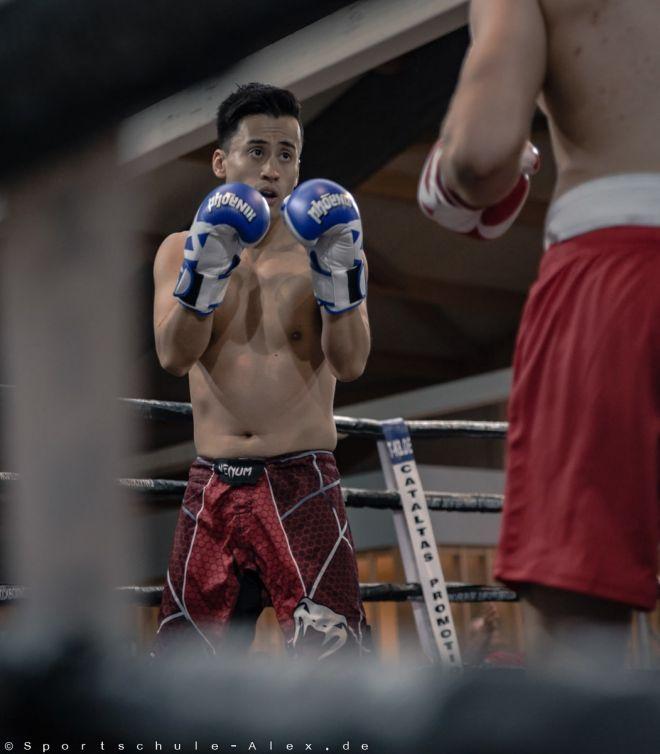 Suzuki Dagama von der Sportschule Alex, kämpft im Kickboxen K1 bei der Phönix Fight Night 2017, Gala WKU Foto: Marcela Kamanis