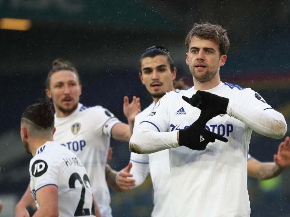 Leeds United are reportedly planning to open contract talks with former Chelsea striker Patrick Bamford in the near future.