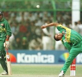 paul adams Top Weird Action Bowlers in Cricket