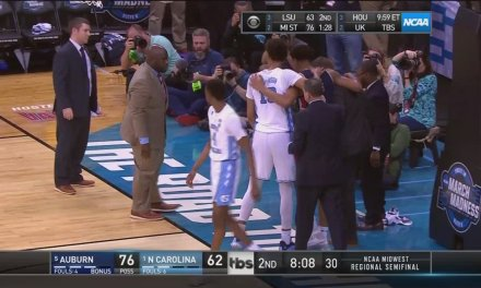 Auburn's Chuma Okeke Went Down With a Knee Injury During Win Over UNC