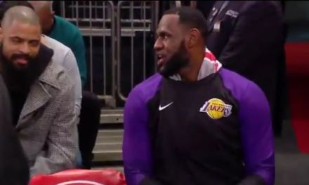 """Knicks Announcer Calls Out LeBron for Not Sitting with His Teammates on the Bench """"He Doesn't Really Care"""""""