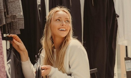 Gronk's Girlfriend Camille Kostek Staying Busy With Her Short Skirt