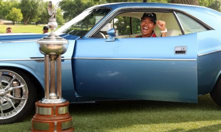 Golf Pro Won Vintage Car and Gifted It to his Caddie