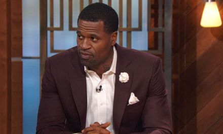 Stephen Jackson Shows Support for D'Angelo Russell After He Got Busted for Weed