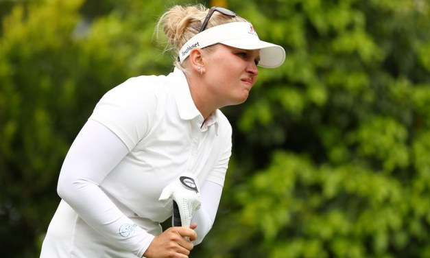 LPGA Pro Uses a Very Unusual Method to Control Her Temper While Playing