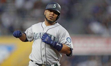 Mariners Trade Edwin Encarnacion to the Yankees
