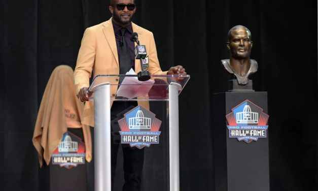 Champ Bailey Threw Shade at the Redskins During Hall of Fame Speech