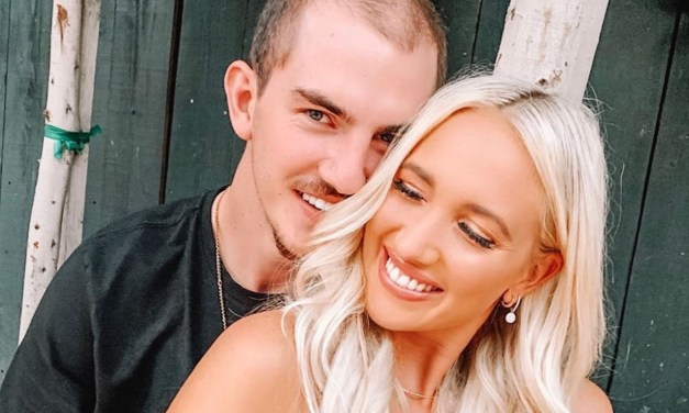 Meet Lakers Guard Alex Caruso's Smoking Hot Girlfriend Abby Brewer