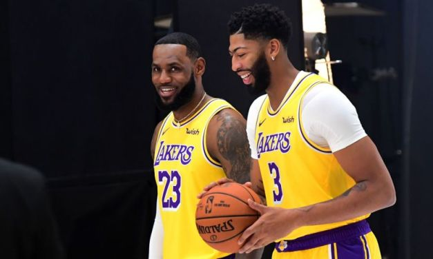 Lakers Experiment With LeBron at 1, Davis at 5