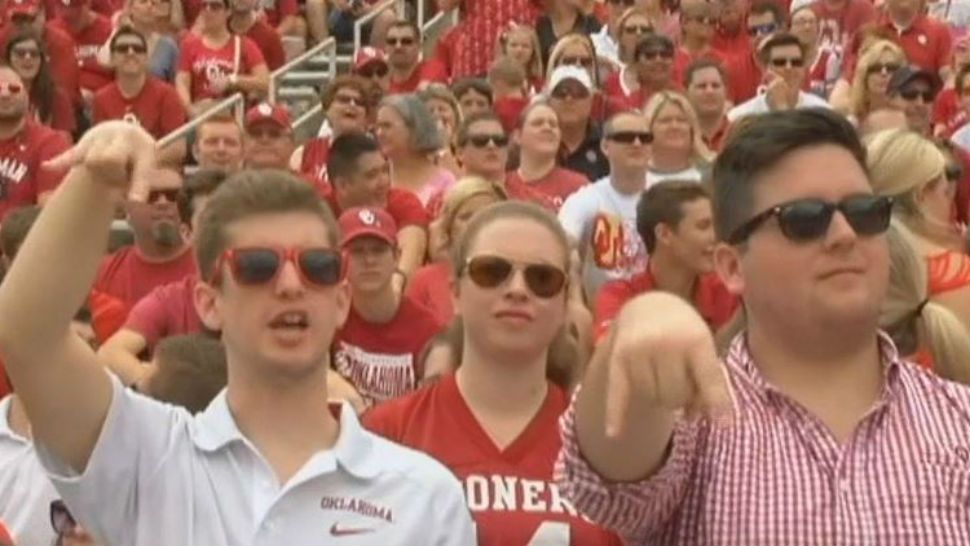 """The """"Horns Down"""" Ban Was Lifted After Oklahoma's Win Over Texas on Saturday"""