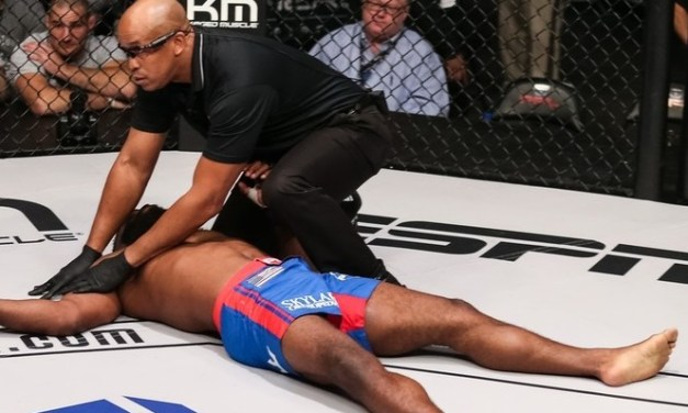 MMA Fighter Announces Retirement After Defeat, Returns One Hour Later and Gets Brutally KO'd