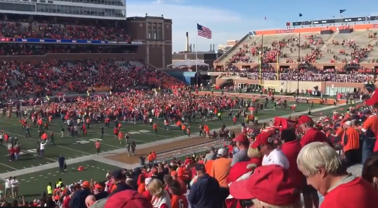 Illinois Trolled Wisconsin By Playing Jump Around After