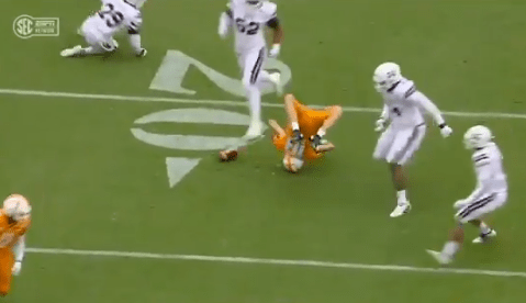 Tennessee Quarterback Brian Maurer Left the Game Against Mississippi State After Landing on His Head