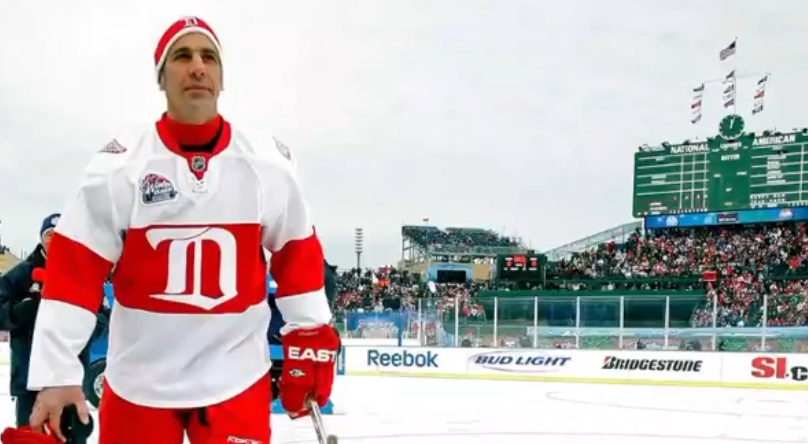 Chris Chelios Claims he Drank Beers on the Bench During the 2009 Winter Classic