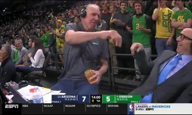 Someone Gave Bill Walton a Jar of Peanut Butter During the Oregon-Arizona Game and the Results Were Amazing
