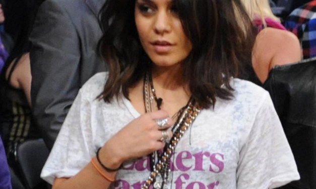 Vanessa Hudgens Was Courtside for the Lakers-Knicks Game in New York
