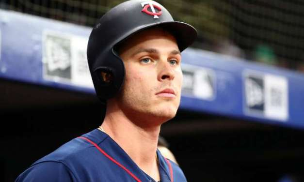 Twins Outfielder Apologizes for Photo Wearing 'Blue Lives Matter' Mask