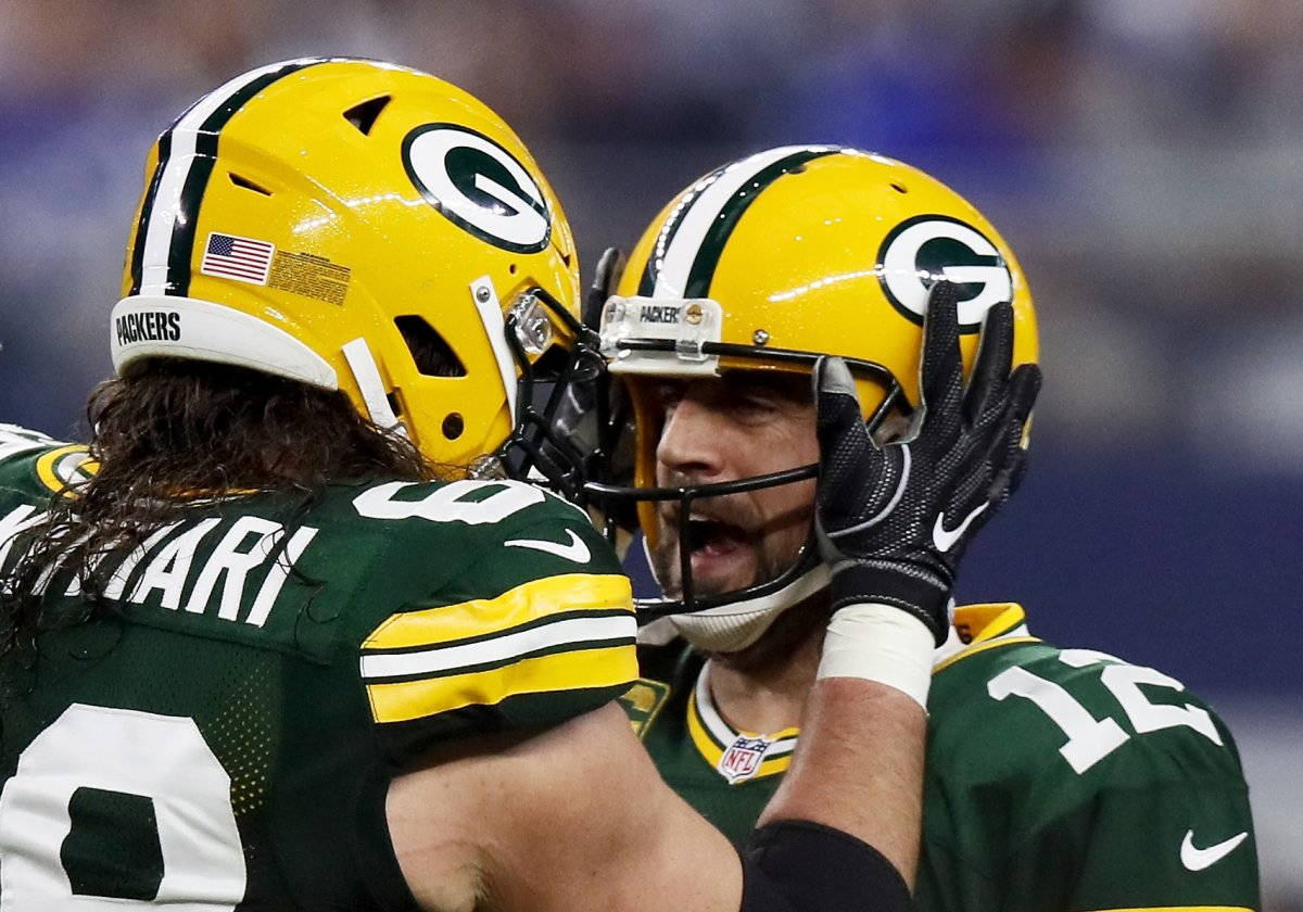 Packers Tackle David Bakhtiari Says Aaron Rodgers Competitive Fire is Still Burning