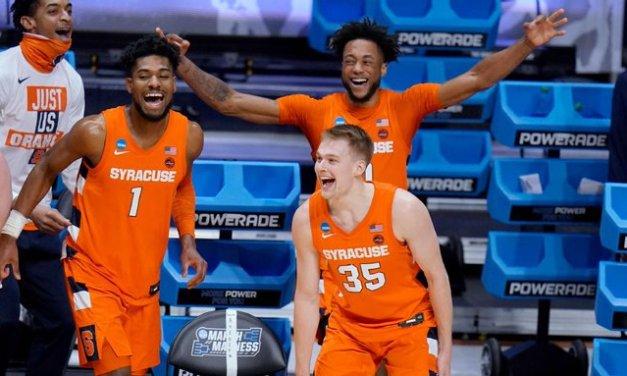 Boeheim's 25 send Syracuse, dad into Sweet 16