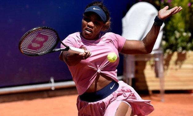 Serena rolls to 1st victory since Aussie Open