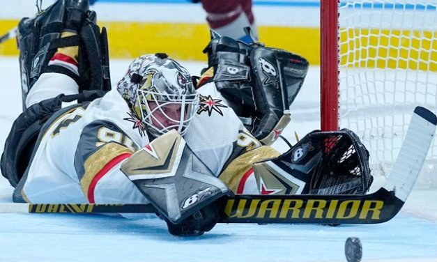 DeBoer defends Vegas choice in net after 7-1 loss