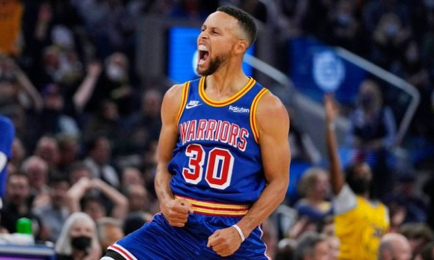 Warriors in awe as Curry buries Clippers with 45