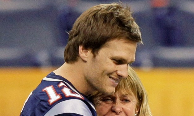 Tom Brady Gives Update on His Mother