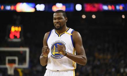 Kevin Durant Giving the Two Finger Salute