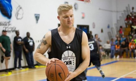 Josh McCown is a Beast on the Basketball Court