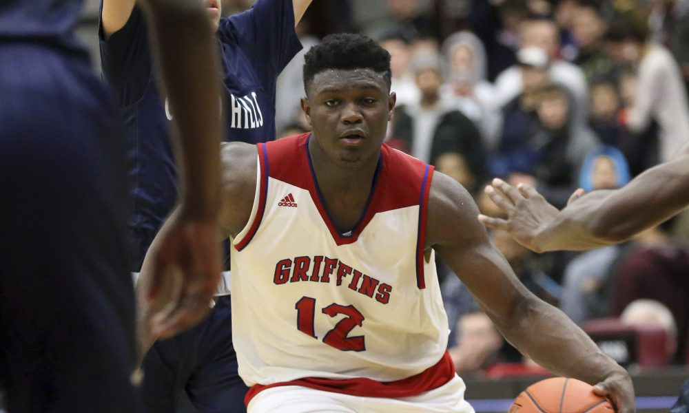 Zion Williamson Forced to Leave the McDonald's All American Game after Dislocating his Thumb